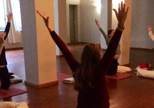 happy_yoga_embarazo_500x350